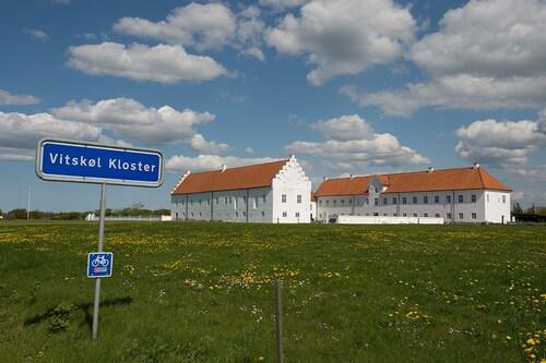 . Danhostel Vitskøl Kloster