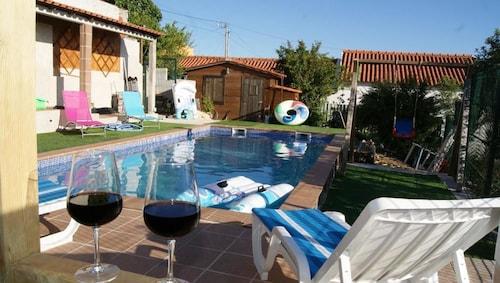 Villa With 2 Bedrooms in Nadadouro, With Private Pool, Enclosed Garden, Caldas da Rainha