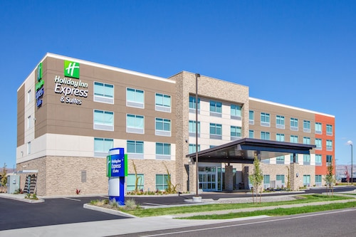 . Holiday Inn Express and Suites Union Gap- Yakima Area, an IHG Hotel