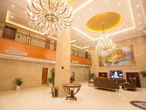 GreenTree Inn ChiZhou QingYang County Jiuhua Mountain Rongxing Buildin, Chizhou