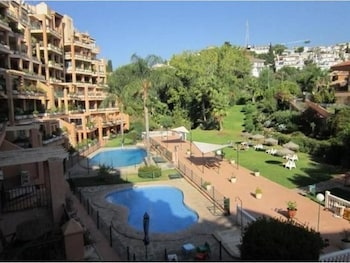 Apartment With 2 Bedrooms in Fuengirola, With Pool Access and Furnishe