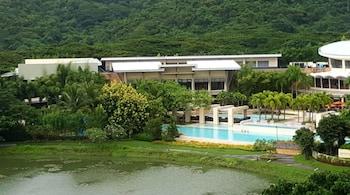 DR. CALAYAN'S LUXURY 2BR CONDO @PICO DE LORO Property Grounds