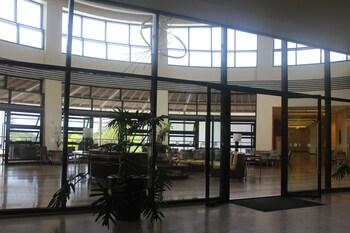 DR. CALAYAN'S LUXURY 2BR CONDO @PICO DE LORO Interior Entrance