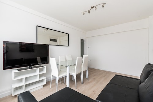 NEW Fantastic 2 Bedroom Flat in Archway, London