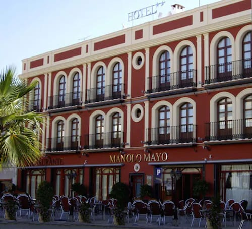 . Hotel Manolo Mayo