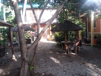 CARABAO GUEST HOUSE Property Grounds