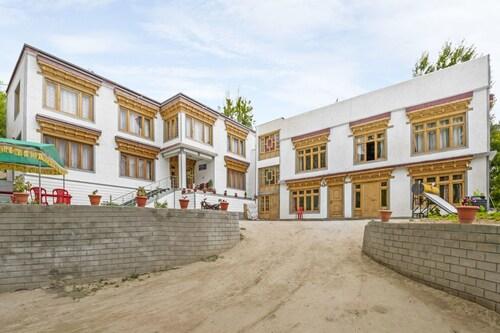 GuestHouser 1 BR Guest house 9202, Leh (Ladakh)