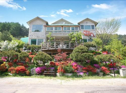 Gapyeong Aromatic Pension, Gapyeong