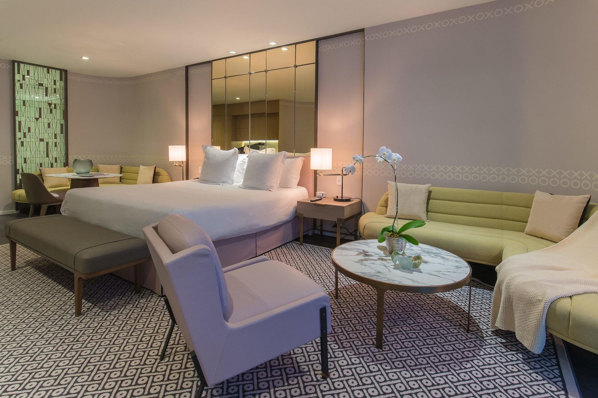 SLS LUX 2 Bedroom Suite