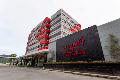 . Summit Hotel Tacloban