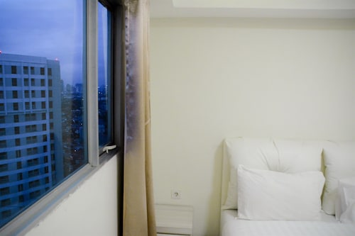 2 Bedrooms The Wave Kuningan Apartment by Travelio, Jakarta Selatan