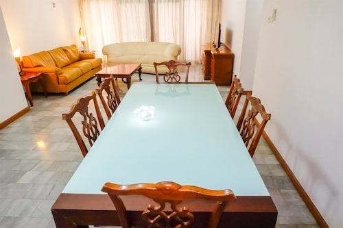 3 Bedrooms Luxury Senopati SCBD Apartment by Travelio, Jakarta Selatan
