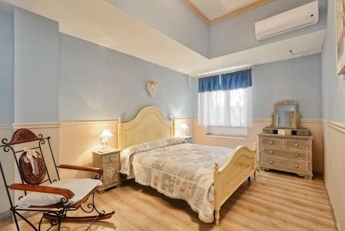 . Apartments La Boungaville