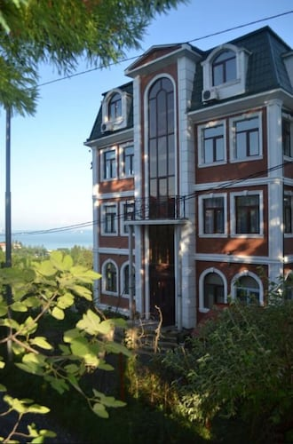 Sunny Hotel, Kobuleti