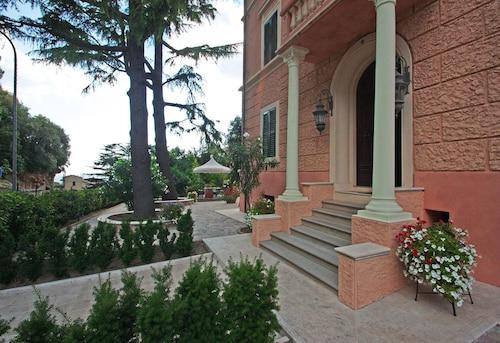 . Casa Vacanze Ferrini