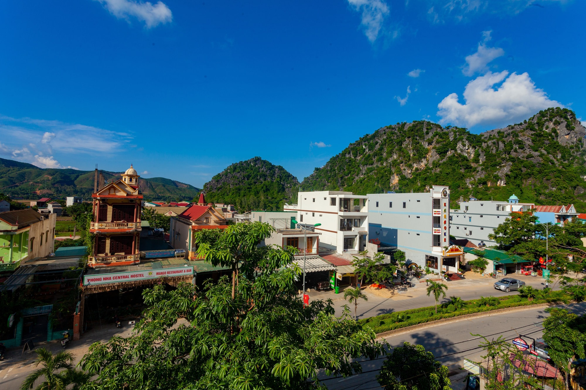Song Toan Hotel, Bố Trạch