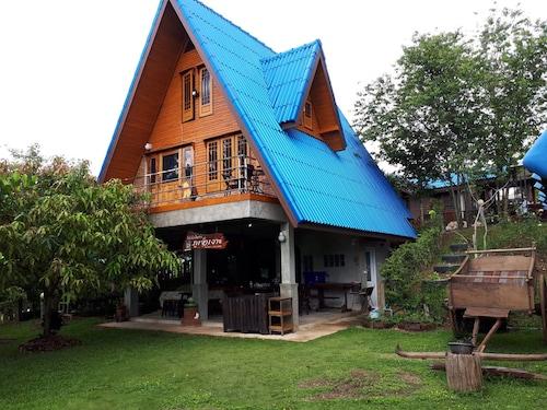 Phuchao-Ngo Resort, Khao Kho