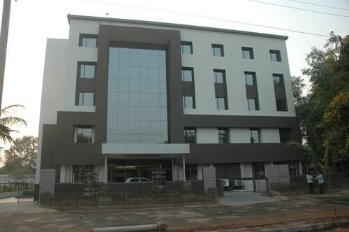 Hotel Kanan, Gandhinagar