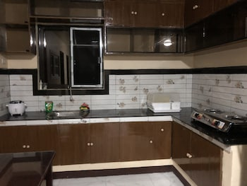 LUZVILLE RESIDENCES Private Kitchenette
