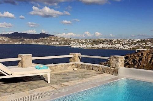 Villa Olympia, South Aegean