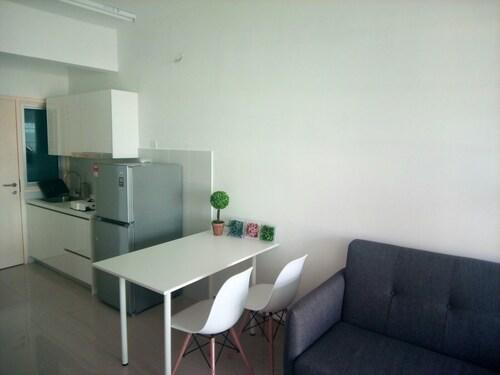Private Studio Suite Galleria Equine, Kuala Lumpur