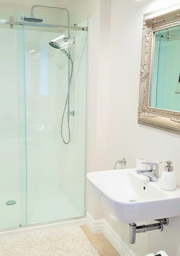 Belle Maison French Country Stay, New Plymouth