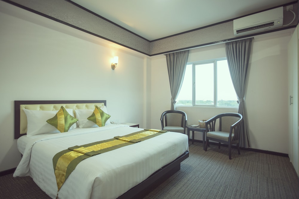 Platinum River View Hotel, Yangon-E