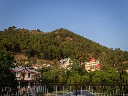 OYO 13409 Home Cozy Stay near ISBT Dharamshala, Kangra