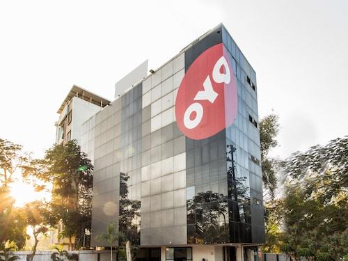 OYO 10601 Hotel Jashn, Indore