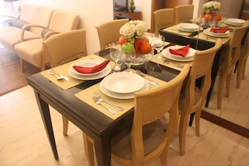 CENTTRO RESIDENCES In-Room Dining