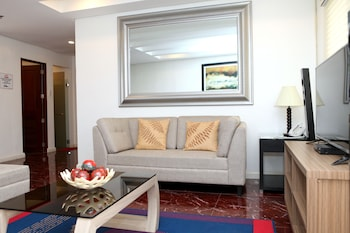 CENTTRO RESIDENCES Living Area