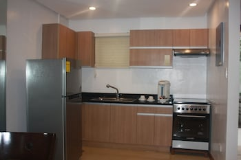 CENTTRO RESIDENCES Private Kitchen