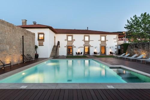 . Casa de Santa Cruz