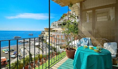 Casa Raffi, Salerno