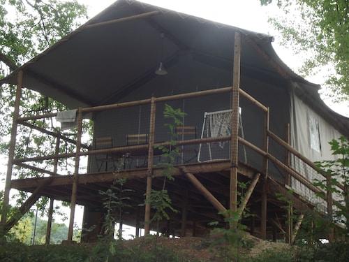 . Camping Les Vignes