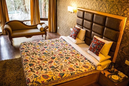 Hotel Grand Mahal, Srinagar