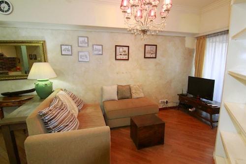 Cozy 2 Bedrooms Sudirman Tower Apartment by Travelio, Jakarta Selatan