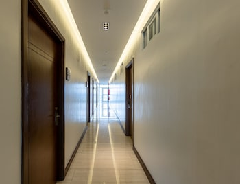 ZEN PREMIUM PODIUM BOUTIQUE BAGUIO Hallway