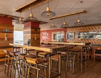 ZEN PREMIUM PODIUM BOUTIQUE BAGUIO Restaurant