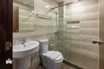 ZEN PREMIUM PODIUM BOUTIQUE BAGUIO Bathroom