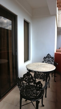 HOTEL CASA ILUSTRE Balcony