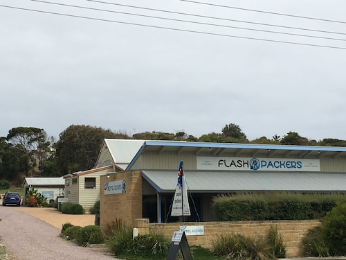 Port Campbell Guesthouse & Flash Packers, Corangamite - South