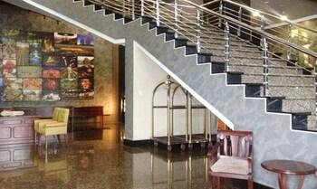 CROWN LEGACY HOTEL Lobby