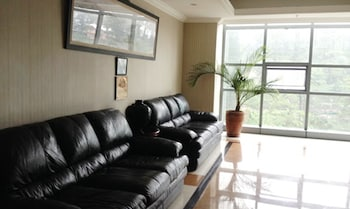 CROWN LEGACY HOTEL Interior