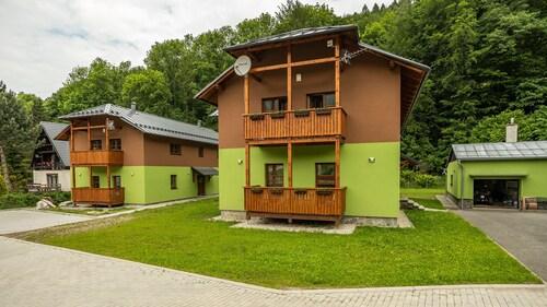 . S4 Resort Kouty