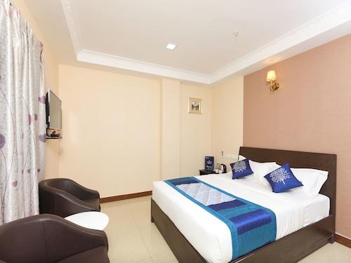 OYO 13212 Hotel Sampath, Tiruchirappalli