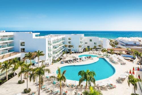 . Hotel Lava Beach