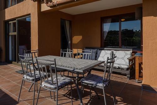 San Lameer Villa Rentals One Bedroom Standard 10412, Ugu