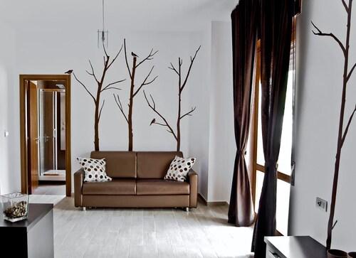 . InStile aparthotel