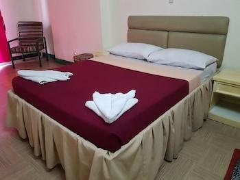 BENGUET PRIME HOTEL Room